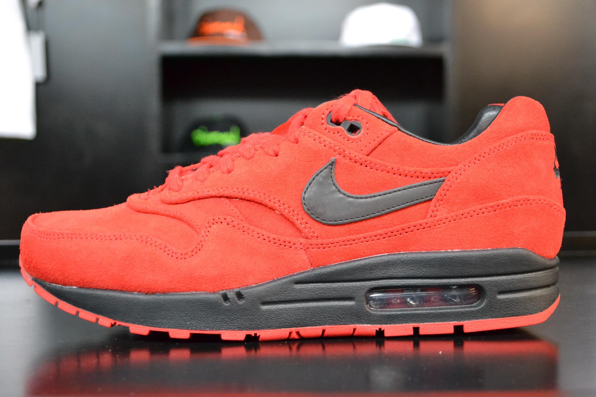 sports shoes a104c a299f Nike Air Max 1