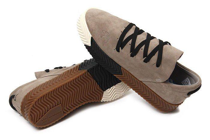 sports shoes 14960 23a8d Desde el año pasado sabíamos que Alexander Wang sería la nueva carta fuerte  de Adidas en cuanto a colaboraciones. Sin embargo nunca nos imaginábamos  que el ...
