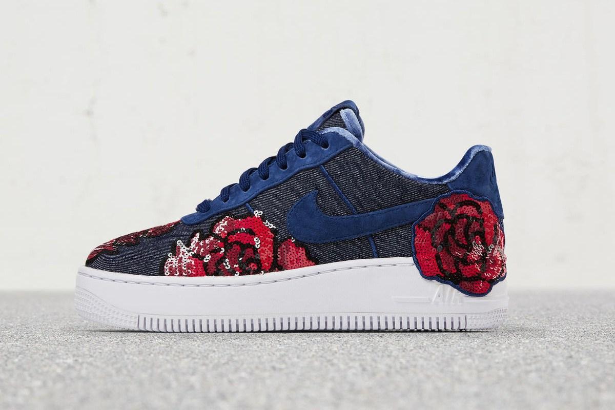 nike le da un toque florar a la silueta favorita de las sneakerheads. Black Bedroom Furniture Sets. Home Design Ideas