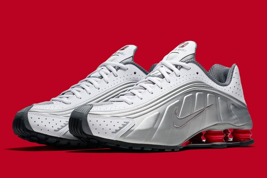 b317dc6e48c9 Vince Carter regresa en forma de Nike Shox